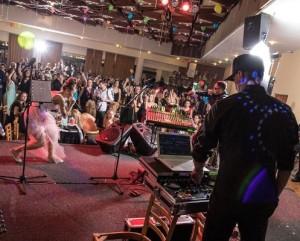 společenský sál-ples